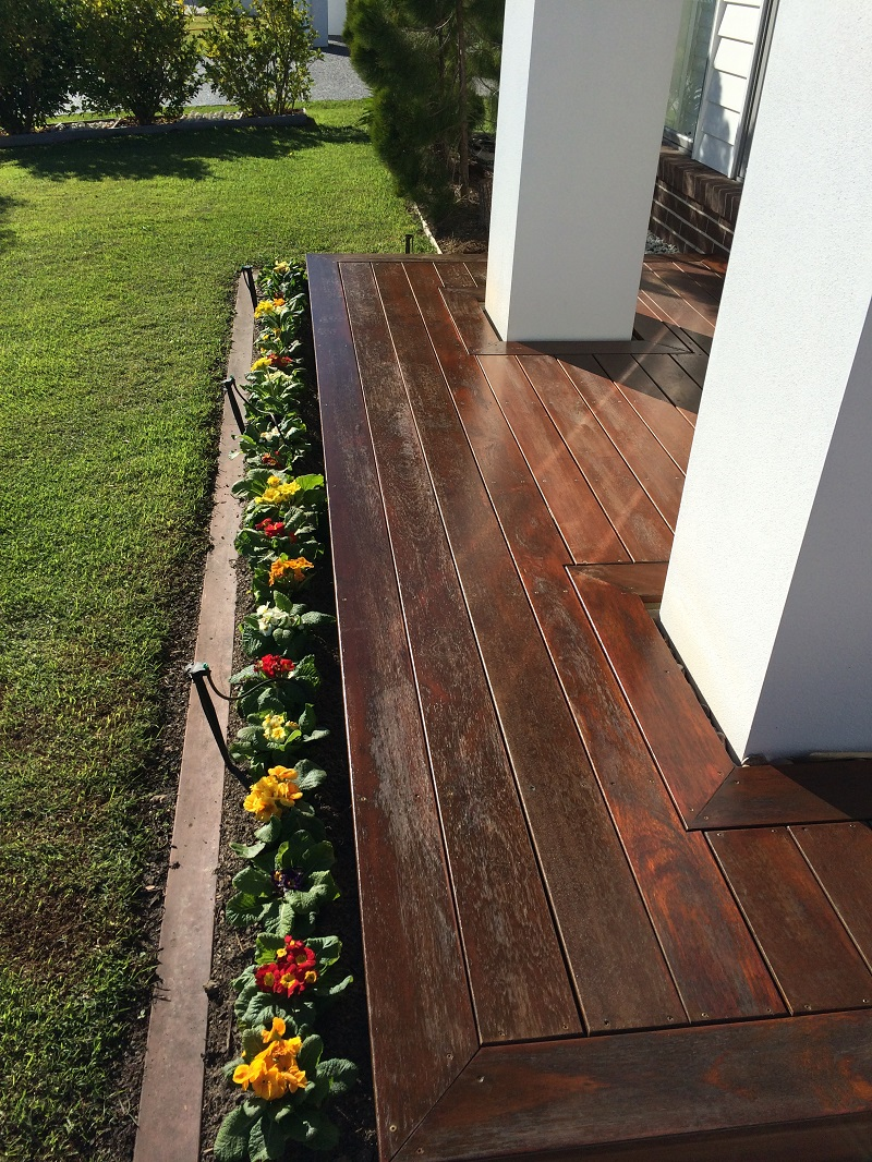 Repaint of front deck (before)