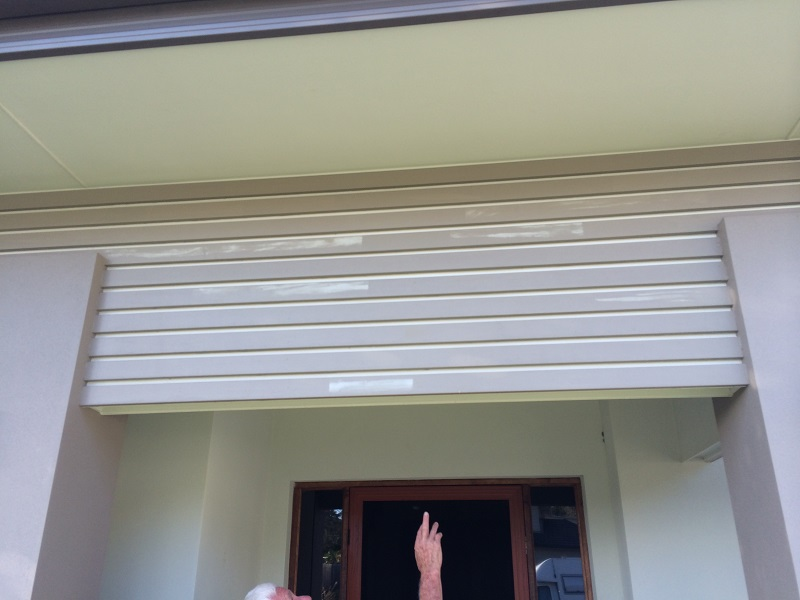 Repaint of front facade (before)